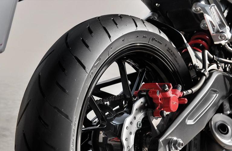 Lốp xe Honda CB150R